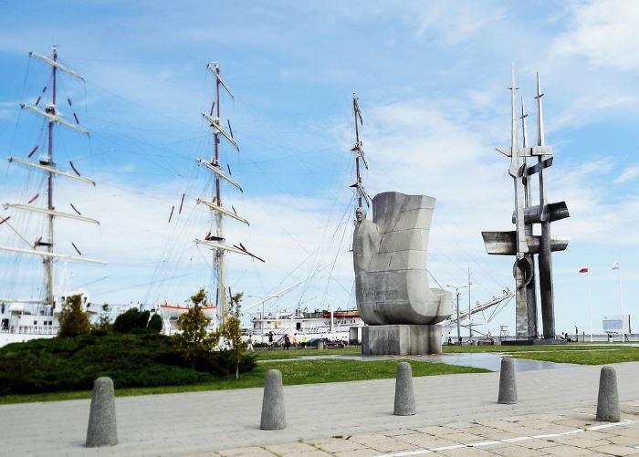 Policja Gdynia: Wczoraj gdyńską Policję zasiliło 19 nowych funkcjonariuszy