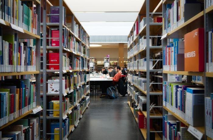 Biblioteka Gdynia: Cafe Biblioteka. Kawa dla seniorów przy Bibliotece Śródmieście